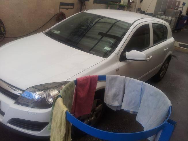 Proceso de lavado de vehículos en nuestro taller de chapa y pintura